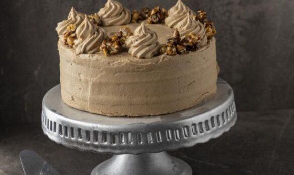 CLASSIC COFFEE CAKE GETS A HAZELNUT PRALINE TWIST
